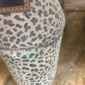Toms Shoes - Toms Kala Leopard Print Bootie Size 9.5W